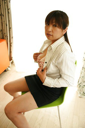 Hairy pussy japanese milf teases and fucks 8