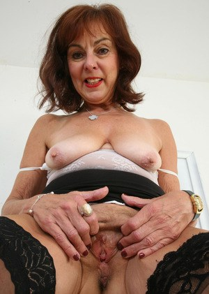 Fast stroking handjob milf dirty talking