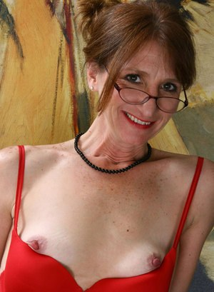 xxx Hairy granny with big saggy tits is hornier than ever